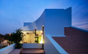 Read more about the article Nhà triền dốc | AD+ Studio